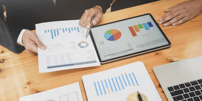 how business forecasting software can save companies time and money